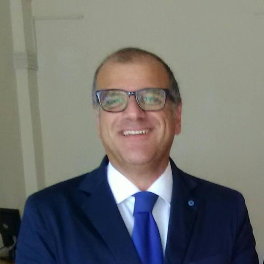 """""""Sviluppo sostenibile – l'unica crescita futura possibile"""", l'opera prima del Dr. Gianni Moccia. Intervista all'autore"""